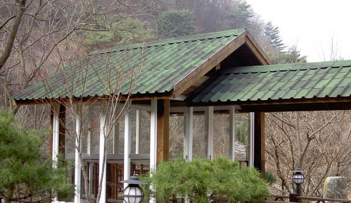 Cần tìm đại lý bán tấm lợp sinh thái Pháp tại Miền Nam